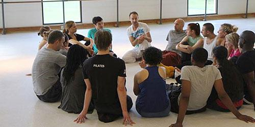 Guest artist Juri Nael with MFA students. Juri Nael is a choreographer, movement director and teacher currently based in London.