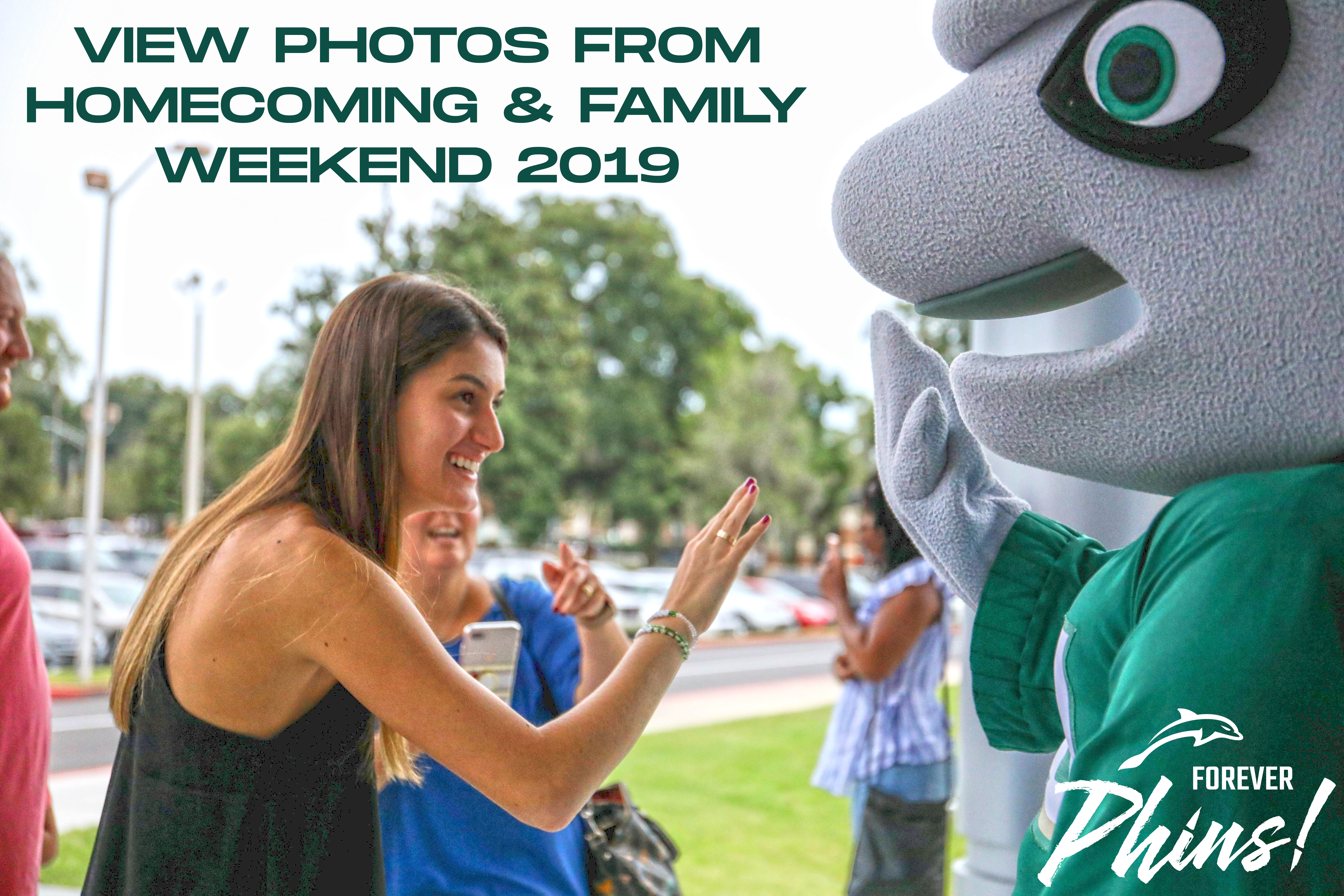 View Photos from Homecoming & Family Weekend 2019 - Dunkin High Five